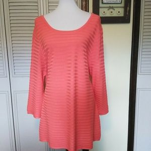 Lane Bryant, NWT, 18/20,coral -orange pullover.